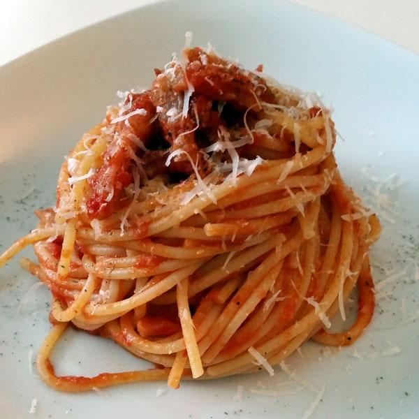 Ricetta Amatriciana Con Cipolla.Spaghetti E Sugo All Amatriciana Un Classico Della Cucina Italiana